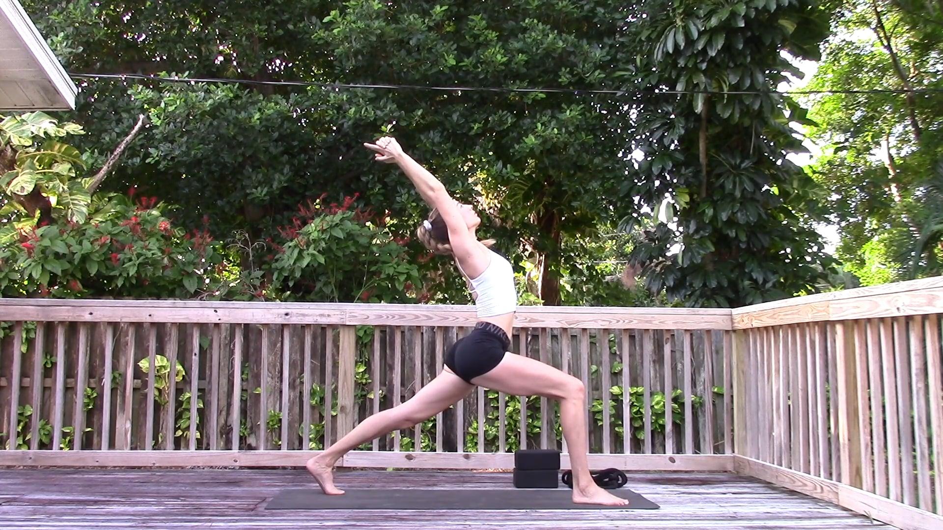 Tartásjavító jóga flow - 30 perc